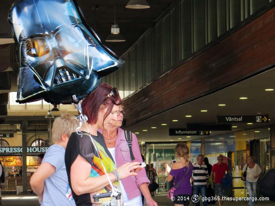 Vader at the station
