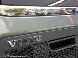 Crowding to see Volvo