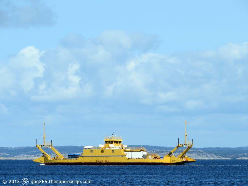 ferry-304-vivi.jpg